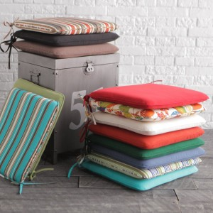 A Guide on Replacing Your Outdoor Seat Cushions